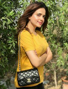 Pakistani Dramas, Pakistani Actress, Pakistani Dresses, Jean Top, Girl Crushes, Latest Fashion Trends, Celebrity, Celebs, Actresses