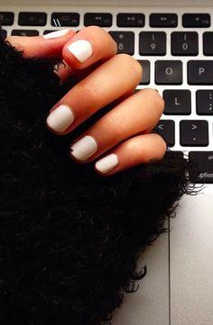 essie marshmallow nails