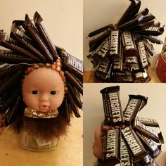 Candy doll head Hershey $15 Cookie Bouquet, Candy Bouquet, Simple Gifts, Cool Gifts, Sucker Bouquet, Candy Arrangements, Candy Trees, Candy Hair, Birthday Candy