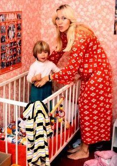 Agnetha as mother.