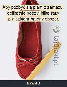 Jak pozbyć się plam z zamszowych butów? - pomysły, triki, sposoby, lifehacki, porady