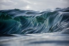 Dramatic photos of waves by Warren Keelan - Artists Inspire Artists