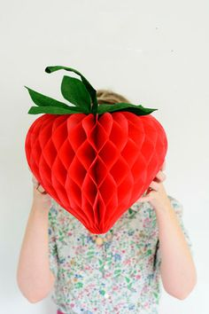 DIY Honeycomb Strawberries
