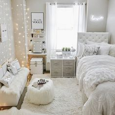 bedroom decor for small rooms ~ bedroom decor ; bedroom decor for couples ; bedroom decor ideas for women ; bedroom decor for small rooms ; bedroom decor ideas for couples ; Teenage Room Decor, College Room Decor, College Girl Apartment, Teen Apartment, Girl College Dorms, Apartment Living, White Apartment, College Bedrooms, Uni Dorm