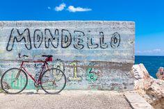 Mondello - A wall hiding the sea in Mondello, Palermo (Sicily).