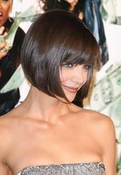 Bob haircut with bangs, brunette bob with bangs, katie holmes hairstyles, nice hairstyles Blonde Bob Haircut, Bob Haircut With Bangs, Bob Bangs, Haircut Short, Medium Hair Cuts, Short Hair Cuts, Short Hair Styles, Blunt Bob Hairstyles, Cool Hairstyles