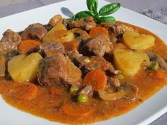 Estofado de ternera Pot Roast, Beef, Chicken, Ethnic Recipes, Gm Olla, Food, Thumbnail Image, Woodworking, Gastronomia