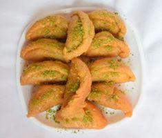 Buy Gujiya Online Vrindavan. Shop from an exclusive range of Gujiya and all Sweets at Best Prices in Vrindavan, India. (The Birth Place of Lord Krishna)