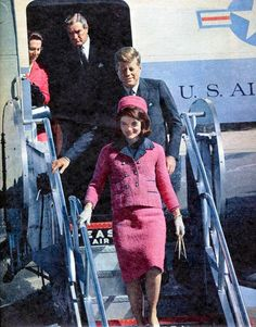 """Jacqueline Lee (Bouvier) Kennedy Onassis known as """"Jackie"""" (July 28, 1929 – May 19, 1994) was the wife of the 35th President of the United States, John F. Kennedy She was a fashion icon; her famous ensemble of pink Chanel suit and matching pillbox hat has become symbolic of her husband's assassination and one of the lasting images of the 1960s. ♡✿♡✿♡✿.❀♡✿♡❁♡✾♡✽♡  http://www.firstladies.org/biographies/firstladies.aspx?biography=36"""