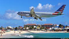 US Airways N279AY aircraft at Sint Maarten - Princess Juliana Int photo