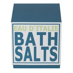 Contains 500 grams of pure saline crystals scented with Eau d'Italie's signature scent.