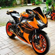 50 Ideas Motorcycle Honda Cbr For 2019 Moto Bike, Motorcycle Bike, Ducati, Yamaha R1, Honda Cbr 1000rr, Custom Sport Bikes, Honda Bikes, Zx 10r, Motorcycles For Sale