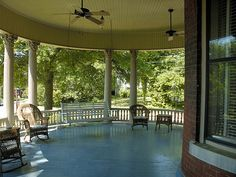 Front Porch - I would LOVE a front porch like this!!!!!