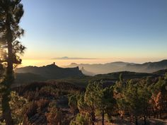 My first ever post! Im no photographer but I thought it looked real perty. The highest point on Gran Canaria looking over the sea to Tenerife. All just before sunset. Lovely. [OC] (1080x1920)