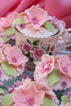 Lovely Shabby Cupcakes  :)
