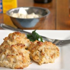 Simple Delicious Crab Cakes! No slicing or dicing! Ready in under 30 minutes. #foodgawker