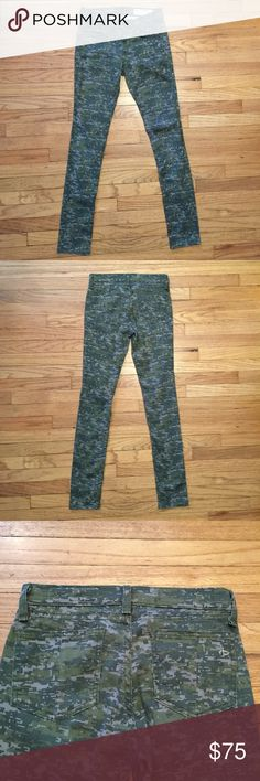 Rag & Bone green camo skinny leg jeans - sz 25 Rag & Bone green camo skinny leg jeans - sz 25. Waist - 13 inches. Rise - 7.5 inches. Inseam - 28.5 inches. Excellent condition. rag & bone Jeans Skinny