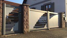Comment nettoyer son portail en aluminium ? - Art et Portails Zone Rurale, Main Gate, Gate Design, Stairs, Home, Decor, Gates, Cleanser, Stairway