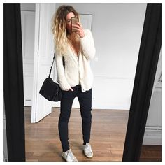 Cardigan #americanvintage chez @kidnapull.reims jean #thekooples (old) baskets #goldengoose #goldengoosedeluxe (old) sac #jeromedreyfuss sur @monnierfreres #ootd by meleponym