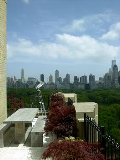 MANHATTAN: Donna Karan's Apartment. 10/1/2012 via @Yatzer