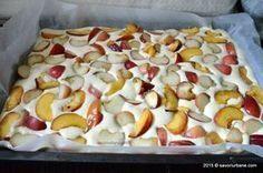 Prajitura-simpla-cu-piersici (7) Romanian Food, Romanian Recipes, Homemade Sweets, Food Festival, Diy Food, Cheesecakes, Cake Cookies, Caramel, Oatmeal
