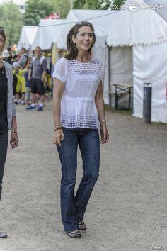 PHOTOS - La princesse Mary de Danemark était présente le 15 juin 2013 au grand…
