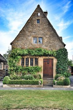 Typical Cottage in Broadway Village, Cotswolds