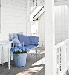 My dream porch. I could live on this porch. No house. Just porch. Chic Decor, Home, Porch Swing, Shabby Chic Decor, Summer House, Small Front Porches Designs, White Porch, House, Sweden House