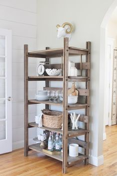 I am sharing an AMAZING post I wrote for Arhaus on the Art of Open Shelving Styling. Hop on over to Arhaus for all of my tips and tricks to achieving a balanced and aesthetically pleasing curated look. City Farmhouse, Farmhouse Style Kitchen, Modern Farmhouse Kitchens, Farmhouse Design, Bookcase Styling, Cottage Kitchens, Home Staging, Diy Furniture, Open Minded