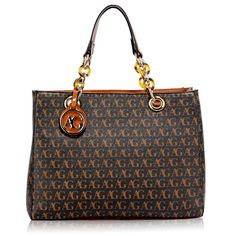 Most of the most popular bags do not meet a certain aesthetics this season. Handbags Online Shopping, Handbags On Sale, Big Handbags, Summer Handbags, Best Linen Sheets, Designer Bags Sale, Metallic Handbags, Lady, Canvas Handbags