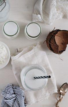How To: Make Coconut Water Kefir | http://helloglow.co/homemade-coconut-water-kefir-recipe/