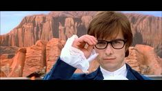 Tom Cruise is Austin Powers.   An old Austin Power's spoof starring Tom Cruise, Gwyneth Paltrow, Kevin Spacey, Danny Devito and Steven Spielberg. Cute and fizzy pretty much sums it up! Short video./ Andrew, Project Fellowship