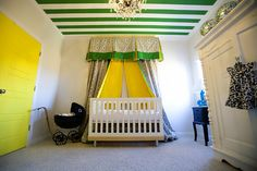 Striped ceiling, fabric canopy over the crib, kelly green . what's not to love about this nursery? Baby Room Decor, Nursery Room, Girl Nursery, Nursery Decor, Nursery Ideas, Girls Bedroom, Bedroom Ideas, Striped Ceiling, White Ceiling