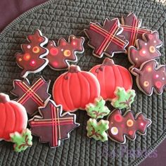 just some more fun fall cookies for neighbors and friends.  Some were made for a preschool snack.