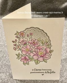 Sale A bration dès le 3 janvier 2019 Birthday Cards For Women, Happy Birthday Cards, Scrapbooking, Embossed Cards, Tampons, Beautiful Gifts, Flower Cards, Stampin Up Cards, Cardmaking