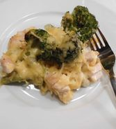 Brokkoli - Nudelauflauf mit Kräuter - Schmelzkäsesoße