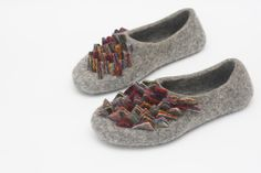 Felted slippers Womens slippers Colorful women home shoes Beige slippers Traditional felt Woolen clogs Felted clogs Valenki by JurgaFeltLife on Etsy https://www.etsy.com/listing/275957700/felted-slippers-womens-slippers-colorful