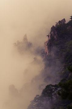 Fotografía The Yellow Mountain por Maria Diez en 500px