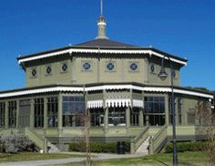 The unusual octagonal design of the historic Garten Verein pavilion is perfect for entertaining, providing unobstructed views and ample floor space. Facilities include a caterer's prep room, stage, dance floor, restrooms and adjacent parking.