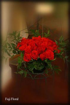 Funeral Flower Arrangements, Memorial Flowers, Sympathy Gifts, Fuji, Beautiful Flowers, Floral Design, Plants, Floral Patterns, Plant