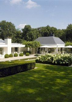 Werk van Wolterinck - Residence Mansions, House Styles, Garden, Home Decor, Garten, Decoration Home, Manor Houses, Room Decor, Villas