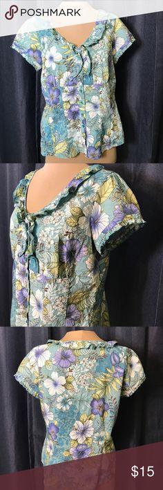 "Caribbean Joe Hawaiian Ruffle Hibiscus Floral Aqua 55 Cotton 45 polyester Button Up Blouse. Empire waist with flattering shaping. Could fit Large. "" bust ""waist ""length. Non smoker Caribbean Joe Tops Button Down Shirts"