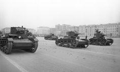 T-26 en desfile en Kuibishev 7 noviembre 1941