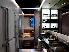 Numptia Luxury Yacht- Bathroom