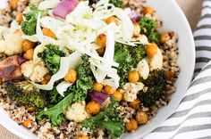 17 Free Weight Exercises for Toned Arms - Buddha bowl rezepte Eating Light, Clean Eating, Healthy Eating, Healthy Lunches, Healthy Breakfasts, Healthy Dinners, Healthy Cooking, High Protein Recipes, Healthy Recipes