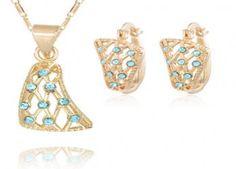 Set Bijuterii Blue Esmarald GOLD 18K la doar 61 RON in loc de 149 RON! Transport Gratuit si Plata Ramburs! - Market DEAL