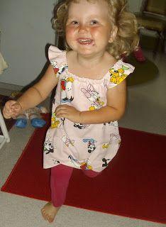 Salla sews: Kaava ja ohjeet: Tytön tai vauvan mekko - Tutorial: A dress for a girl or a baby Summer Dresses, Clothing, Fashion, Outfits, Moda, Summer Sundresses, Fashion Styles, Outfit Posts, Fashion Illustrations