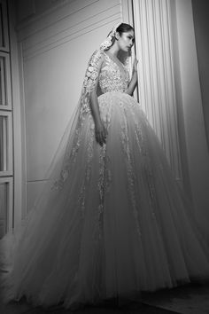Incredible sleeveless lace bodice wedding dress with statement princess ballgown skirt; Featured Dress: Zuhair Murad Incredible sleeveless lace bodice wedding dress with statement princess ballgown skirt; Bodice Wedding Dress, Wedding Gowns, Lace Bodice, Tulle Wedding, Bridal Gown Styles, Bridal Dresses, Elite Bridal, Zuhair Murad Bridal, 2017 Bridal