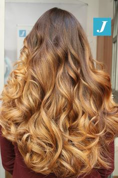 Ad ogni donna il suo sogno firmato Degradé Joelle! #cdj #degradejoelle #tagliopuntearia #degradé #igers #musthave #hair #hairstyle #haircolour #longhair #ootd #hairfashion #madeinitaly