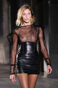 Saint Laurent Spring 2017 Ready-to-Wear Accessories Photos - Vogue